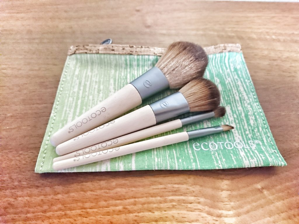 Eco Toolsのコスメブラシセット